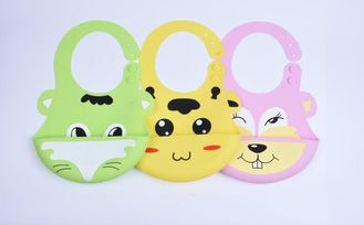 Cute Animal Silicone Baby Girl Bibs , Colorful Funny Baby Bibs With Sleeve